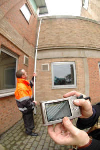 gutter-cleaning-camera